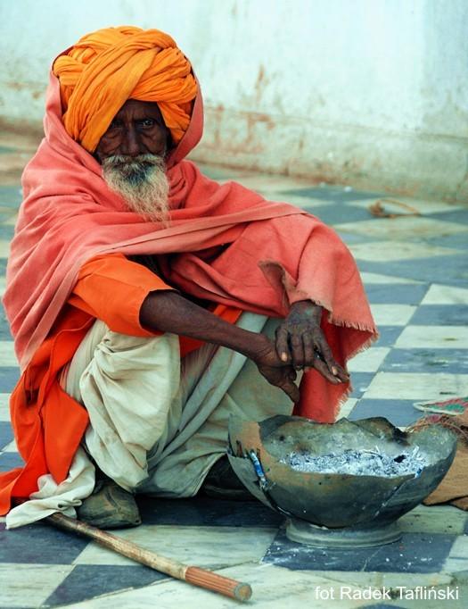 Indie wycieczki zbiurem podróży Glob Net