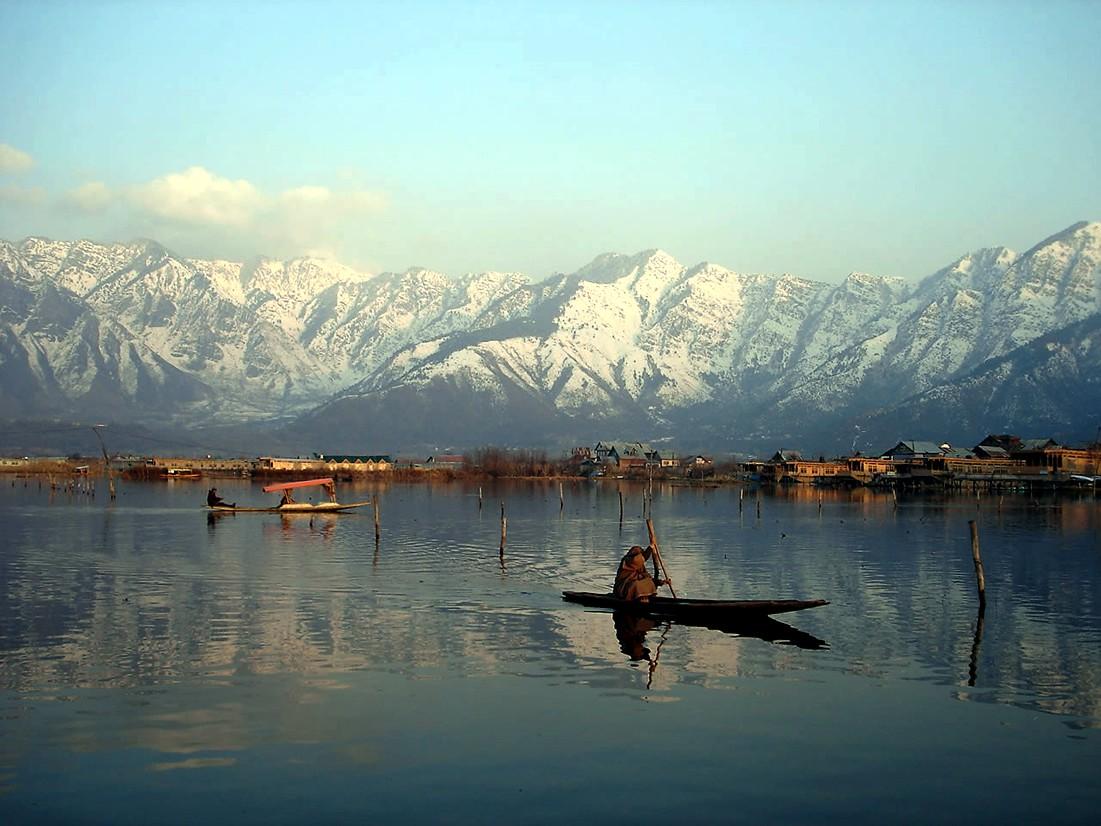 kaszmir_srinagar_jezioro_w_himalajach