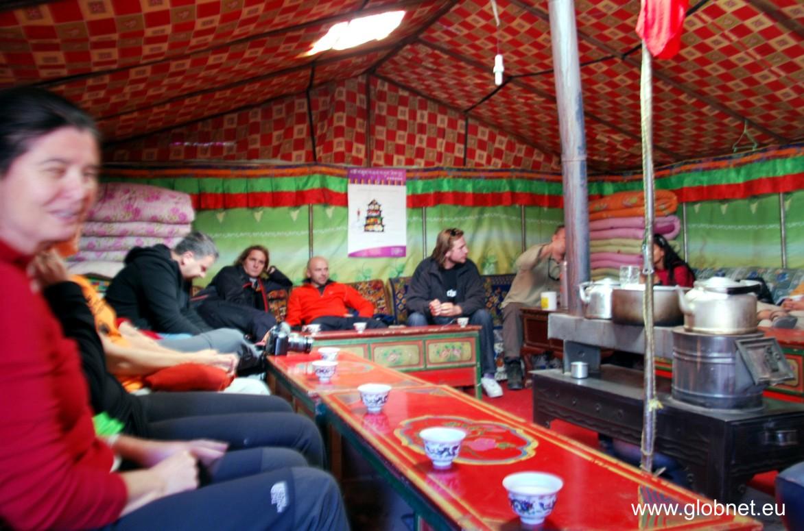 mt_everest_bc_namiot_tybetanska_herbata